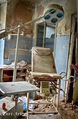 Dr. Isles (Enri-Art) Tags: lostplace vergänglich verlassen irgendwo abandoned verfall
