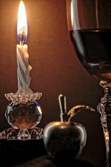 Cheers! (vieira.de.carvalho) Tags: color macro cristal wine nikon d2x smc takumar 100mm bellows candlelight macromondays happy10years