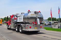 Nekimi Volunteer Fire Department Tanker 211 (Triborough) Tags: wisconsin firetruck international fireengine wi tanker algoma winnebagocounty nvfd nekimivolunteerfiredepartment tanker211