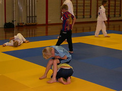 "zomerspelen 2013 Judo clinic • <a style=""font-size:0.8em;"" href=""http://www.flickr.com/photos/125345099@N08/14220571179/"" target=""_blank"">View on Flickr</a>"