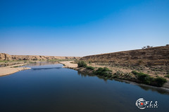 Riyadh Dam Photo Walk (Flsimages) Tags: friends hot water animals river walking fun fuji desert outdoor hiking dam hike elite riyadh lanscape 1024 55200 clik xt1