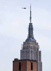 Best Viewing (fantommst) Tags: city newyork building us tour view state top midtown helicopter empire nynyc lisaridings fantommst