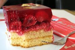 German Cake (Cristina Birri) Tags: red cake germany strawberries dolce forchetta torta germania fragole dresda