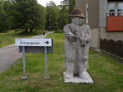 Gubbe (Eva the Weaver) Tags: sculpture stone gteborg sweden gothenburg sculptor sculpted lvgrdet svenrobertlundquist