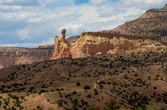A place in the sun, at Ghost Ranch, New Mexico (Mitch Tillison Photography) Tags: sunlight newmexico southwest landscape photography photo desert geology luminous mesa ghostranch chimneyrock georgiaokeeffe tamron18200 jurassicperiod chinleformation pentaxk5 mitchtillison piedralumbrebasin