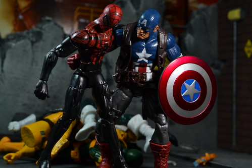 actionfigure spiderman actionfigures marvellegends marvel captainamerica hydra boomerang marveluniverse marveltoys toyphotography amazingspiderman hailhydra hydrasoldier superiorspiderman