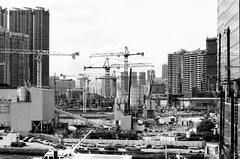 building (velocityzen) Tags: street bw hongkong 50mm voigtlander bessa delta 400 r3a f11 ilford ilforddelta400
