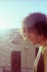 (La T / Tiziana Nanni) Tags: portrait man film portraits luca analogue canonae1 ritratti ritratto pellicola colorfilm analogico manportrait iamyou tizianananni pagestizianananniphotography150081321701949 pagestizia