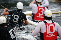 Kanupolo (Maike Hppner) Tags: water sport mhle essen wasser kayak action canoe paddling kanu polo kajak rote canoepolo paddel kanupolo