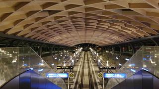 Haltestelle der Regiotram im Hauptbahnhof Kassel