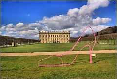 CHATSWORTH AND THE SHOE (car 67) Tags: pink house art derbyshire chatsworth