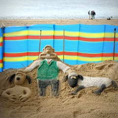 A Grand Day Out (Squatbetty) Tags: beach sand lancashire morecambe sandsculpture wallaceandgromit windbreaker nickpark shaunthesheep