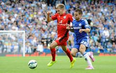 Chelsea v Leicester City (Alex Hannam) Tags: sport chelsea leicester premierleague leicestercity lcfc leicestercityfootballclub leicestercityfc marcalbrighton