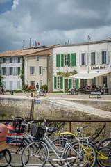 Port Saint Martin en R (Air'V) Tags: france color bike bicycle port photography photo nikon ile couleur vlo r d600 toursim saintmartinder poitoucharentes