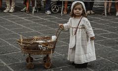 Alla Tavola della Principessa Costanza (fabio.kimi) Tags: party italy children campania child bambini medieval parade bimbo festa medievale costanza salerno sfilata principessa teggiano