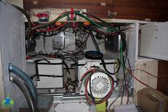 Premier moteur électrique fixé