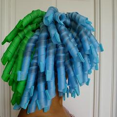 Le bleu et le vert (la Ezwa) Tags: selfportrait hair autoportrait afro nappy biracial kinky métis cheveux bigoudi mulatto 2013 afroeuropean crépu mulâtre curlformers ezwa spiralringlets