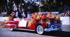 2014 Rose Bowl Parade - 1939 Cadillac (rbglasson) Tags: california flowers car tv nikon automobile cadillac parade pasadena d40 nikond40