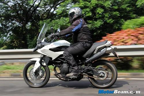 2014-Moto-Morini-Granpasso-02