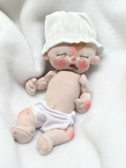 Soft Sculpture Baby Boy (BeBe Babies and Friends) Tags: baby art miniature doll soft artist dolls babies fabric bebe cloth yawning softsculpture
