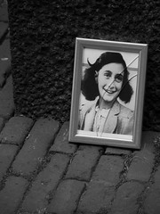 Anne Frank (Dri Szalatnyai) Tags: street city flowers trees houses red sky bw cloud sun white storm black flower broken nature girl beautiful smile sunshine amsterdam clouds pen frank boats happy anne canal photo sad diary picture poland stormy mini olympus belle jew writer jews channel beau annefrank hollandia rivel amszterdam