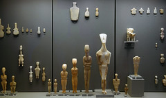 Cycladic period figures