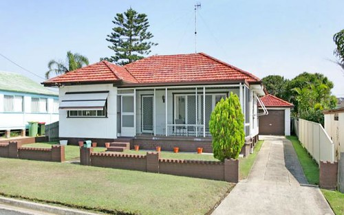 1 Fairview Av, The Entrance NSW 2261