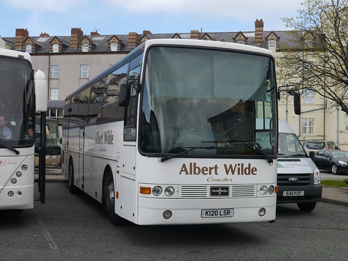 Albert Wilde Coaches DAF SB3000 VanHool Alizée (K120 LSR)