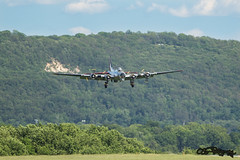 WWII Weekend 2014 (CEGPhotography) Tags: wwii worldwarii boeing bomber flyingfortress readingpa 2014 yankeeairmuseum b17g yankeelady worldwariiweekend readingairshow2014