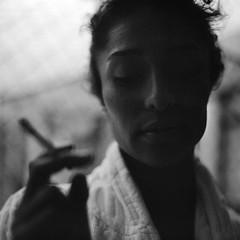 Ana_Paula_031 (patofoto) Tags: blackandwhite bw woman 6x6 film rollei square squareformat diafine femenine rolleiflexsl66e