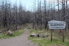 Portage trail to Isabella Lake from parking lot