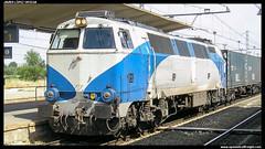 333 en Albacete (javier-lopez) Tags: train tren trenes railway 333 contenedor contenedores teco albacete mquina gl renfe mquinas adif ffcc 3330 mercancas 14072006 grandeslneas madridabroigal murciacargas