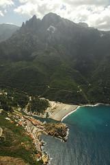 RU_201408_CapudOrto_072_a (boleroplus) Tags: mer vertical port frankreich corse porto plage fra montagnes parapente randonnée vueaérienne