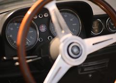 Show'em the Badge (capn crunch) Tags: show classic car canon downs eos sussex spider august olympus badge alfa 5d f2 om 24th zuiko plumpton romer 2014 80mm