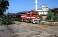 DE22 080  Caycama  18.09.99 (w. + h. brutzer) Tags: analog train turkey nikon eisenbahn railway zug trains trkei lokomotive diesellok eisenbahnen tcdd de22 dieselloks webru caycama