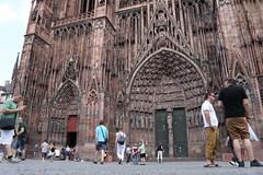 Straburg (Vanilla55555) Tags: point pointer kirche notredame strasbourg cathdrale strasburg mnster zeigen zeiger