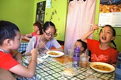 DSC03037 (小賴賴的相簿) Tags: family baby kids zeiss children day sony taiwan childrens taipei 台灣 台北 親子 暑假 木柵 景美 孩子 1680 兒童 文山 a55 anlong77 小賴家 小賴賴的家 小賴賴
