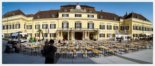 Schlosspark Laxenburg | panorama Neues Schloss aka Blauer Hof | 2010-05