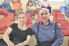 0889.  Elvira Ricart de Moreno y Luis Lauro Moreno Rodríguez.