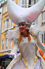 Aramaçao #1 (Maxi Winter) Tags: bremersambakarneval 32bremersambakarneval karneval karnevalsumzug kostüm kostüme costume costumes people menschen fasching mardigras gens bunt colorful multicolore winter hiver carnaval déguisement déguiser défilé fête streetphotography street aramaçao
