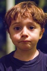 Valentino at night (Alvimann) Tags: alvimann valentino cara caras rostro rostros face faces kid kids child children night expresion expression expresivo express expressive expressions expresiones