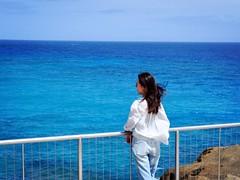 pure cool blue (xirui.he) Tags: people beach blue ocean blowhole hawaii