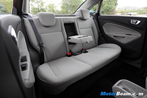 2014-Ford-Fiesta-04