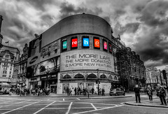 Piccadilly Circus (auredeso) Tags: street color london strada place pass piccadilly bn piccadillycircus via piazza londra hdr colorpass