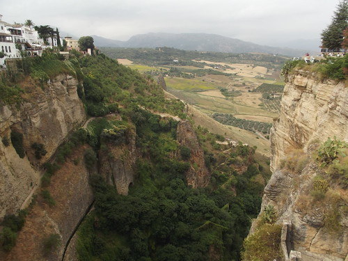 Views of the El Tajo gorge from Puente Nuevo - Calle Arminan, Ronda