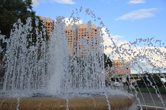 Fast shutter speed (Me in Va) Tags: sculpture art water fountain pool virginia downtown jets pipes richmond basin spray pump va exposuretime rva nozzle shutterspeed runoff fastshutter highspeedshutter recirculate