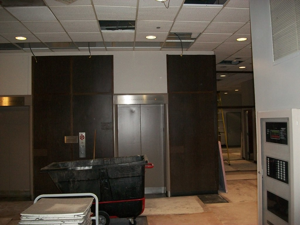 Thompson Lobby Remodel Facilities Management Western
