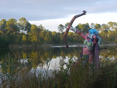 Shooting Huntress - World of Warcraft - 2014-08-07- P1900715 (styeb) Tags: shooting shoot hostens 2014 aout 07 lac water landes huntress world warcraft wow blizzard cosplay