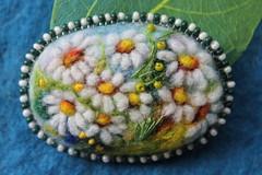 IMG_4696 (yanasilverstone) Tags: daisies hair landscape handmade embroidery brooch jewelry ukraine gift accessories