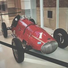 (jes.mart) Tags: red cars race shopping photo cellphone vermelho carros celular fotografia corrida vscocam shoppingptiocian